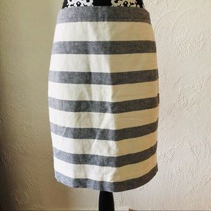 EUC J Crew Pencil Skirt size 4